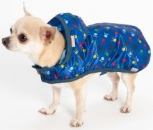 "Oblecek - Pláštenka ""Mia"" modrá s tlapkami 36 cm"
